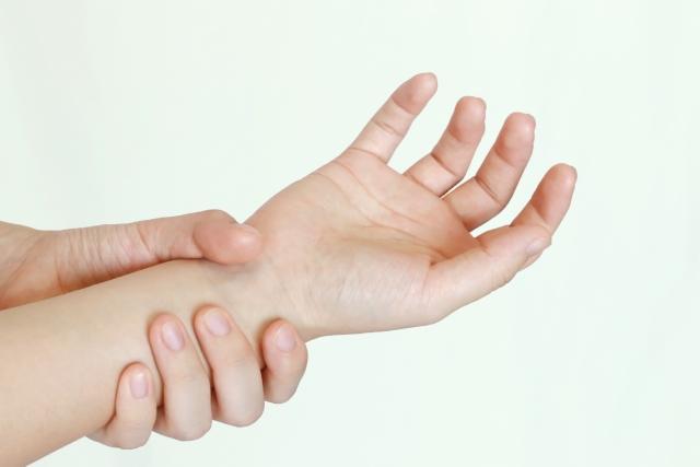 なぜ、当院の施術で手首の痛みが改善するのか?
